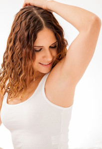 woman-showing-armpit